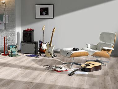 Installing vinyl flooring with HDF core board